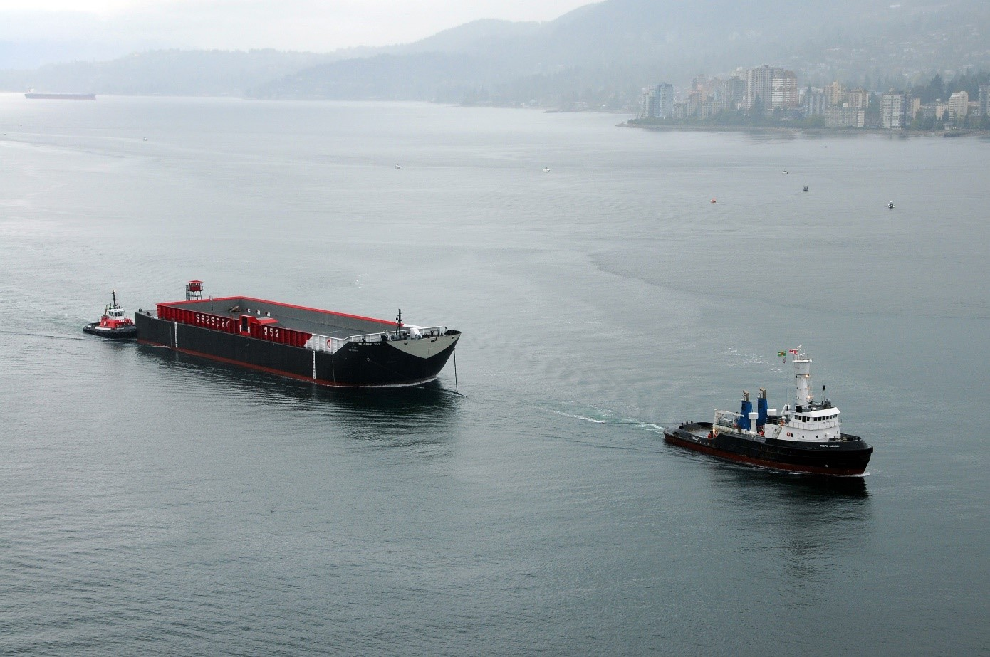 Pacific Hickory returning from China and entering Vancouver Harbour with a barge in Tow, September 2015. Photo Ray J Ordano