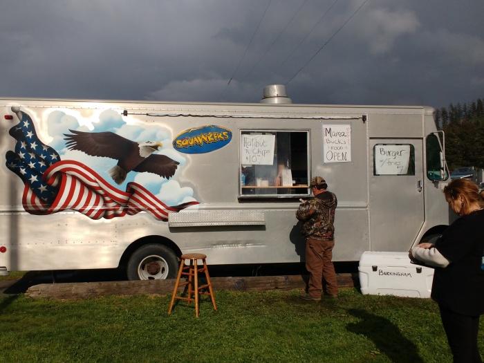 Mama Bucks Food Wagon, Neah Bay. Photo Ray Penson