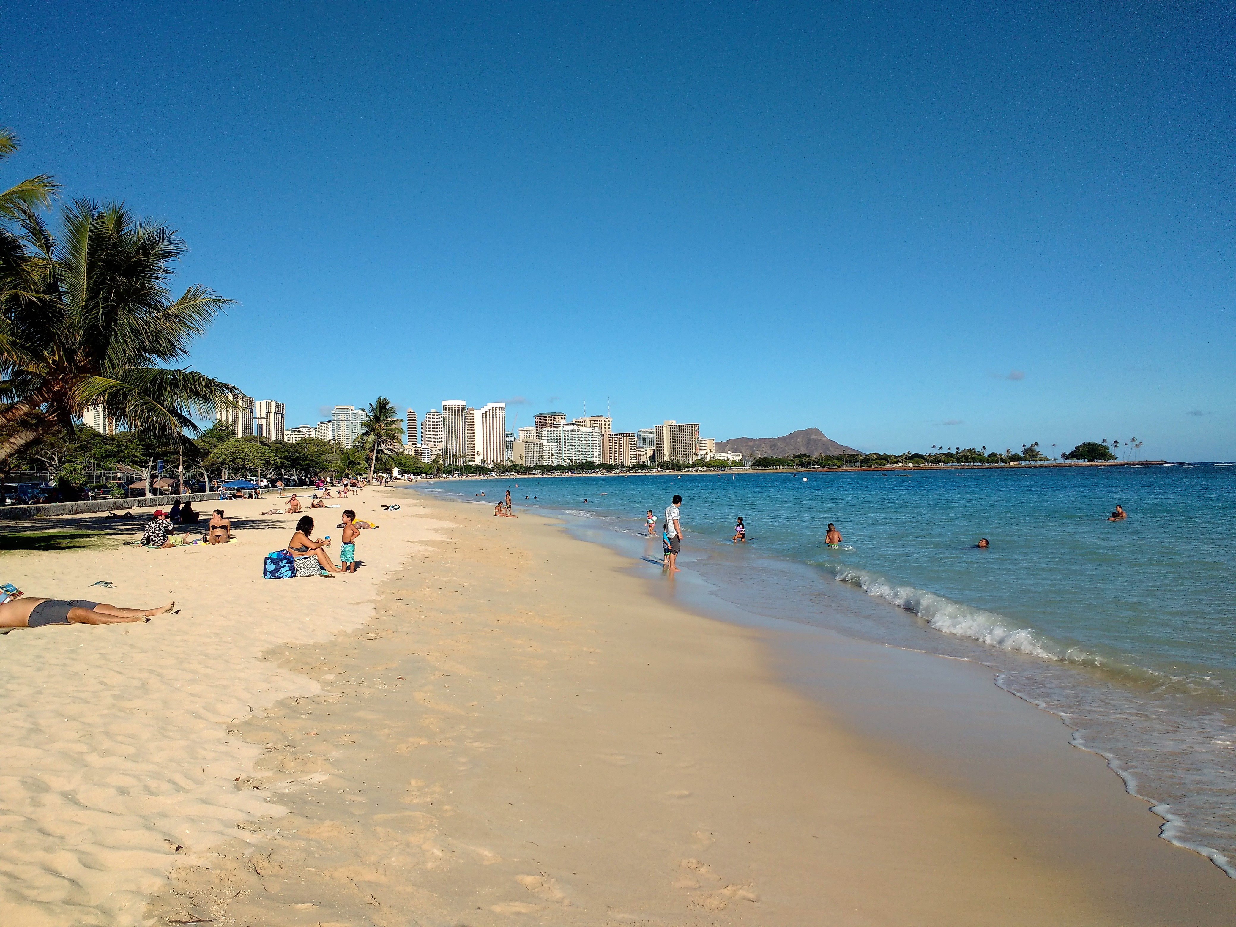 Waikiki Beach. Photo Ray Penson