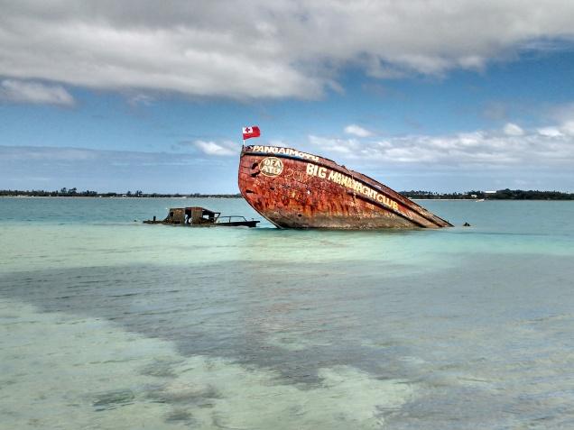 Wreck off Pangaimoyu. Photo Ray Penson jpg.