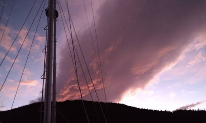 Ominous evening cloud brought wind Photo Ray Penson