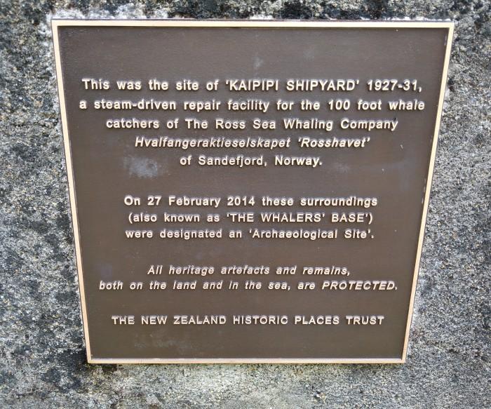 Kaipipi Shipyard Plaque. Photo Ray Penson