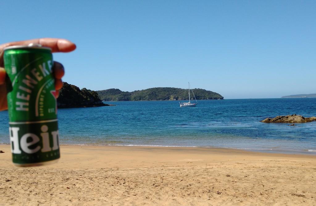 Sydney Cove and refreshment, Ulva Island. Photo Ray Penson