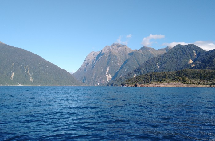 Approaching Milford Sound. Photo Ray Penson