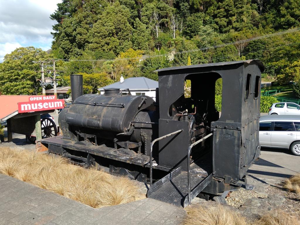 Steam Train outside Havelock Museum. Photo Ray Penson