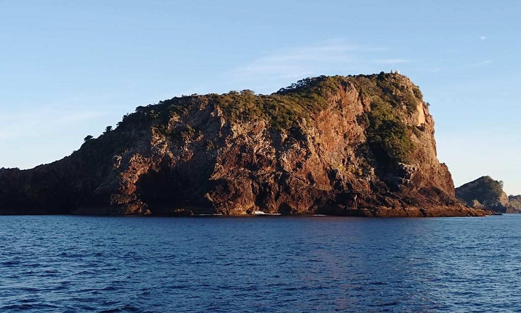 Tutukaka head, Entrance to Tutukaka Harbour. Photo Ray Penson